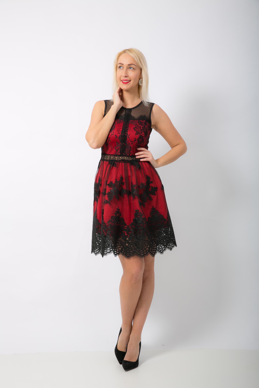 Červené šaty s čipkou 1  ed8869ed372