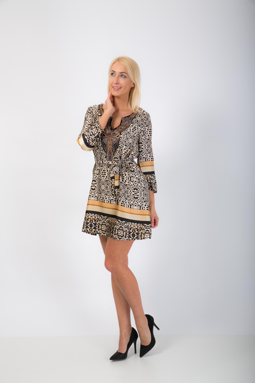 ee119fd597b8 Tigrované satenové šaty